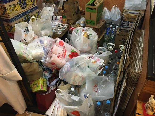 支援物資の画像