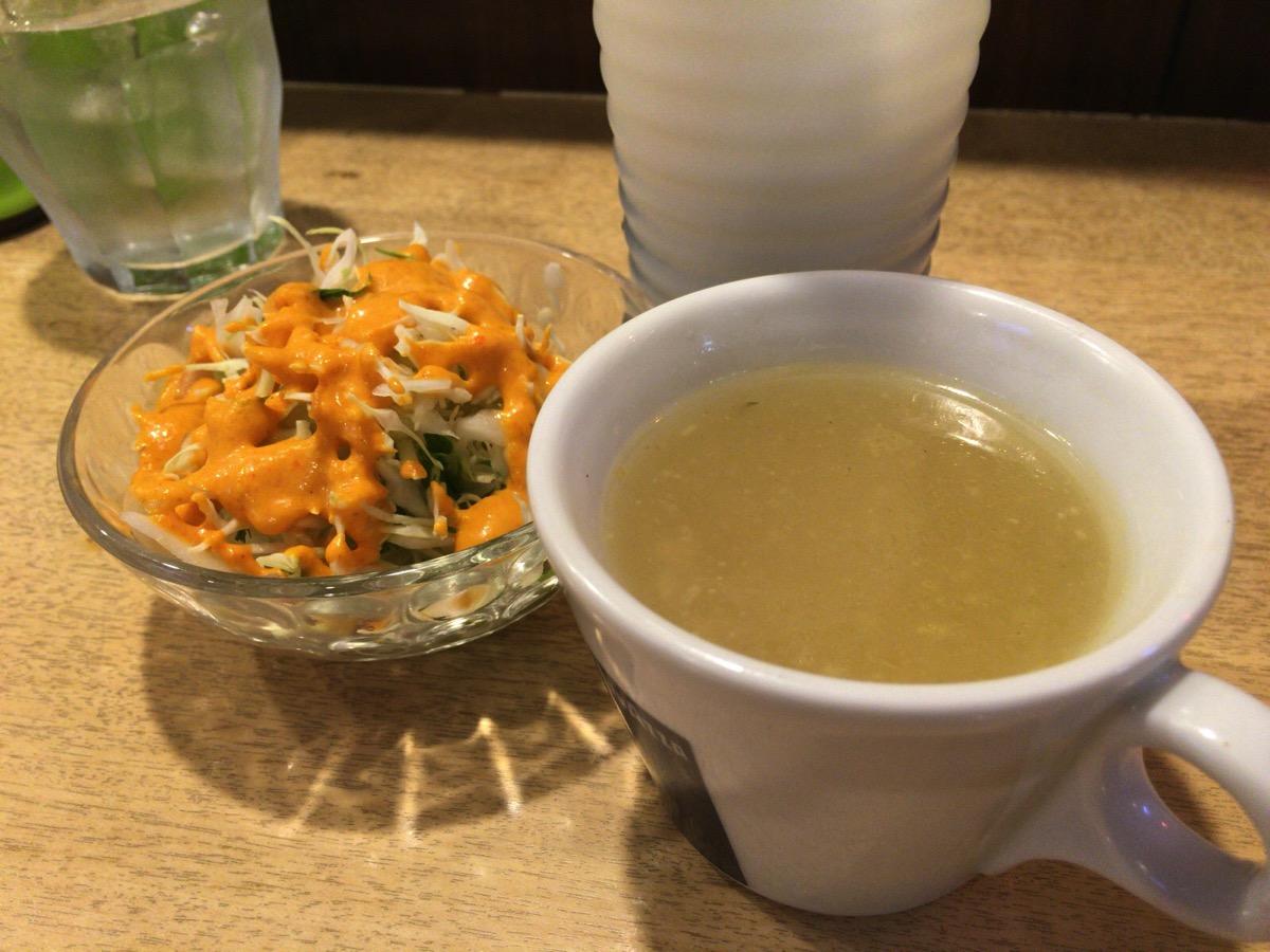 インドレストラン アラジンのサラダとスープ